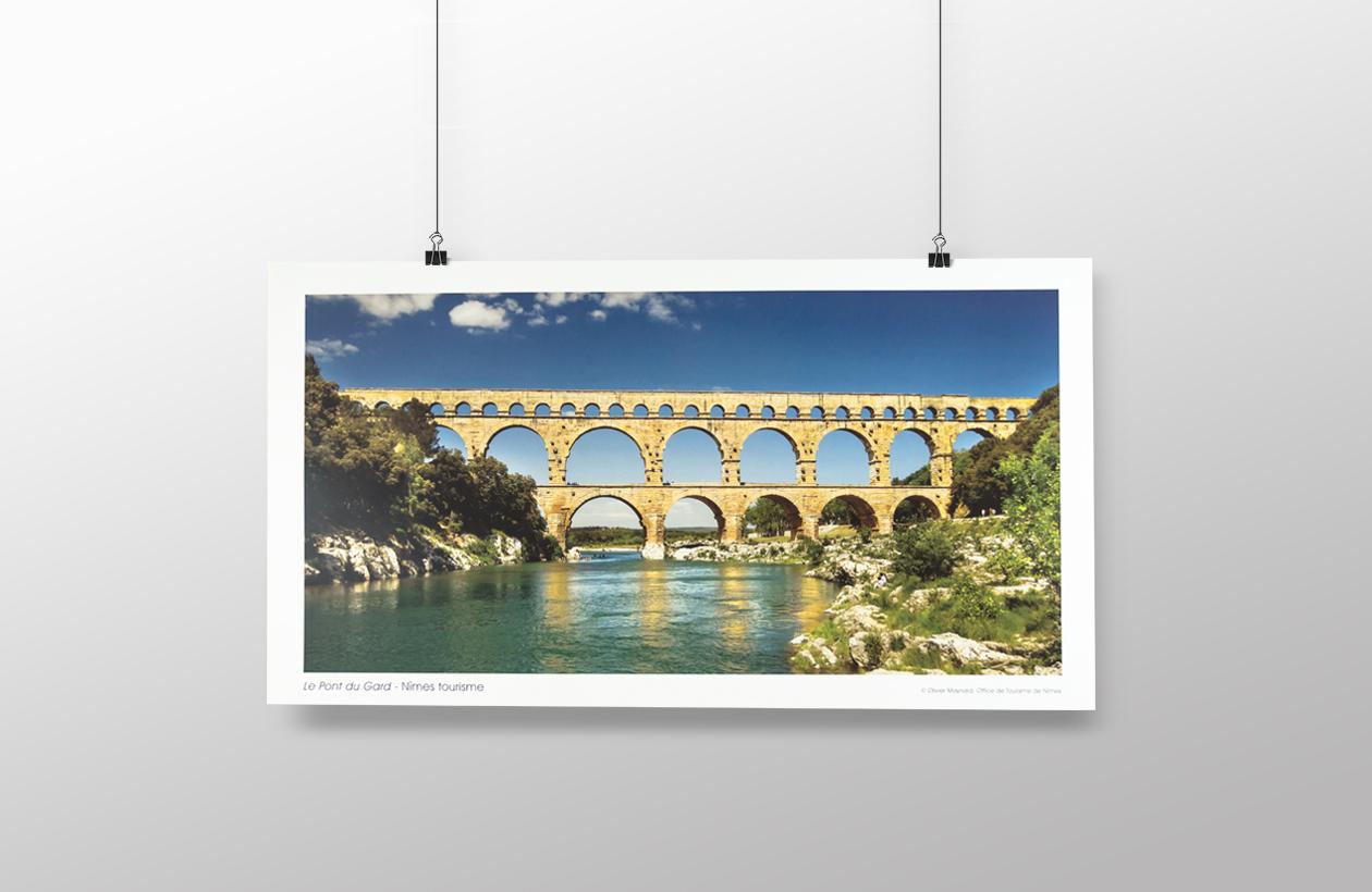 Affiche pont du gard 2011 office de tourisme et des congr s de n mes - Office de tourisme du pont du gard ...
