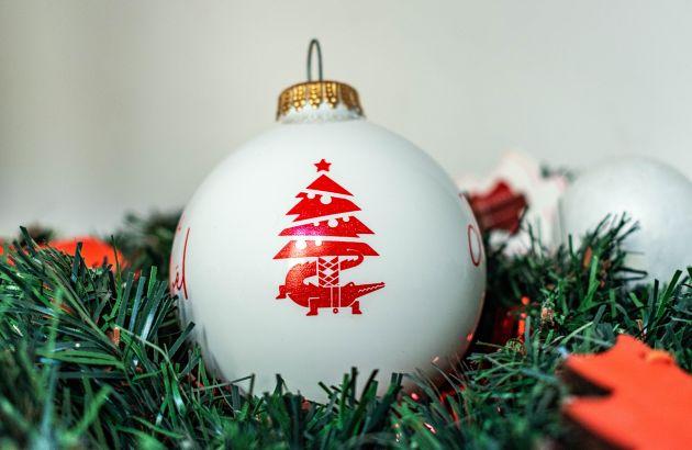 Boule de Noël 8cm blanche
