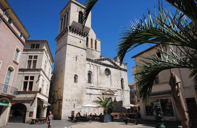 Visite Nîmes au fil des siècles